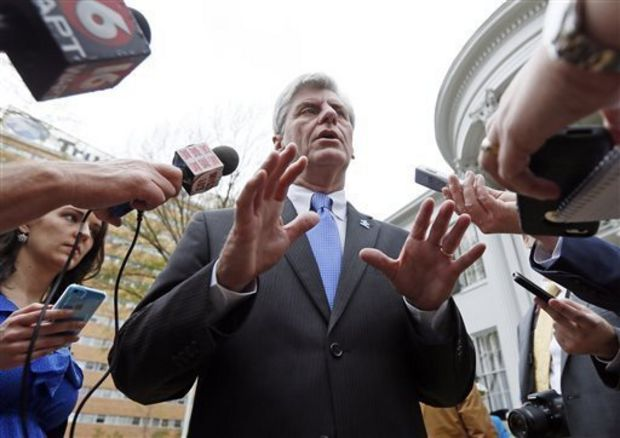 Mississippi Gov. Phil Bryant (AP Photo/Rogelio V. Solis)