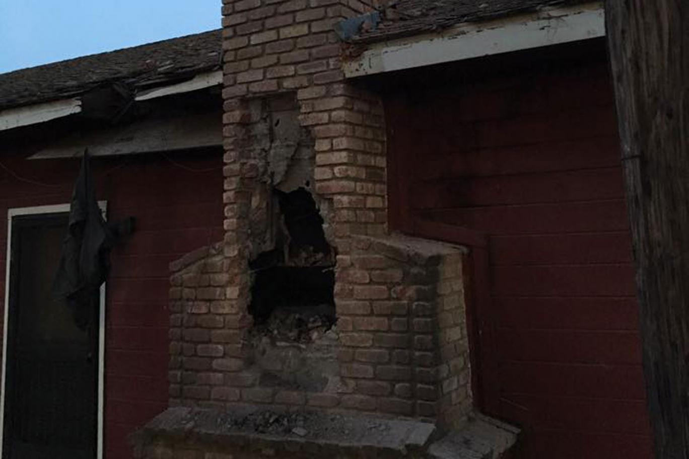 Burglary suspect stuck in chimney dies after homeowner sets fire
